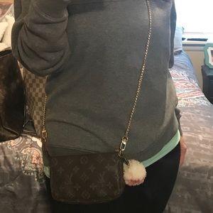 33b98874e975 Louis Vuitton Bags - Louis Vuitton Mini pochette Accessories Crossbody